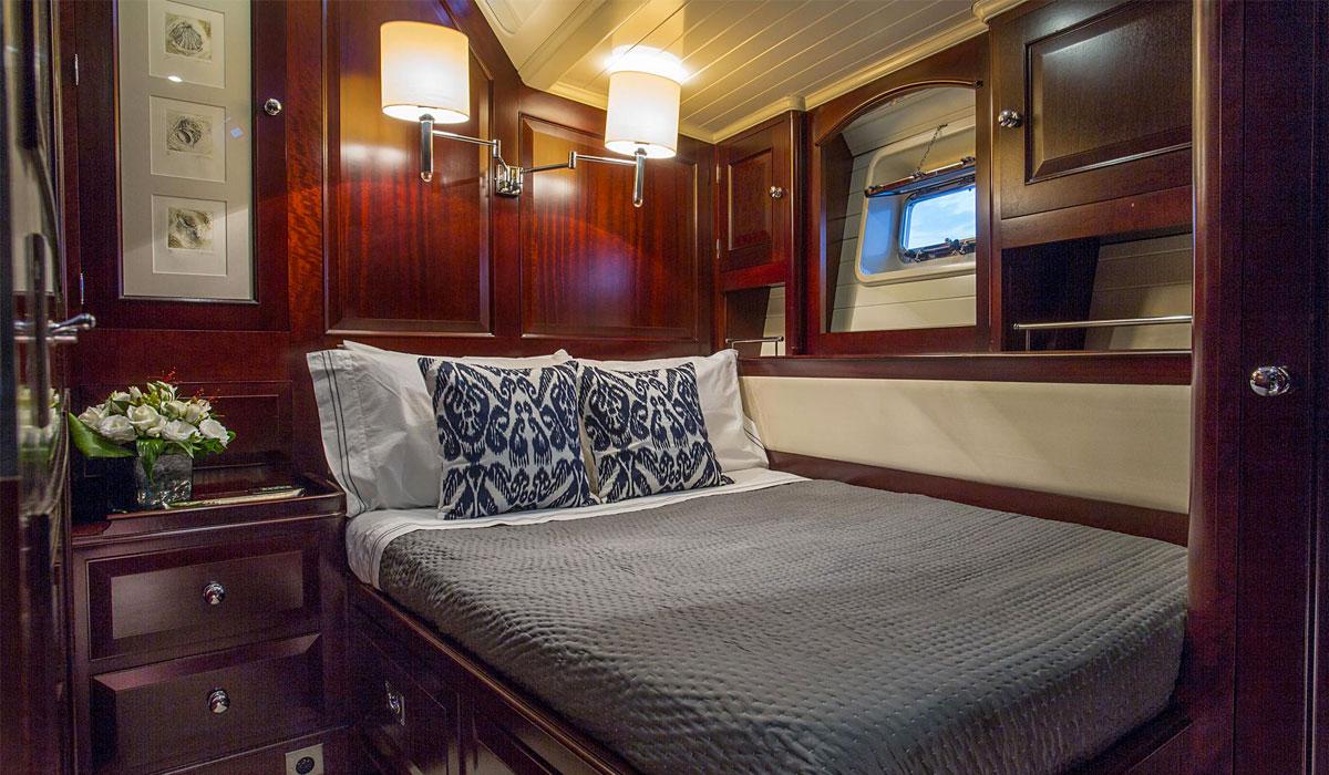viva savarona 93 darnet design. Black Bedroom Furniture Sets. Home Design Ideas